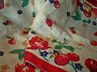 Vintage 1950s Fruit Floral Linen Fabric Mint Roses Tulips Apples Pears For Tea Towels Table Runners Kitchen Curtain Valance