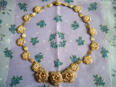 Vintage Goldtone Crystal Floral Necklace Bridal Wedding Something Old