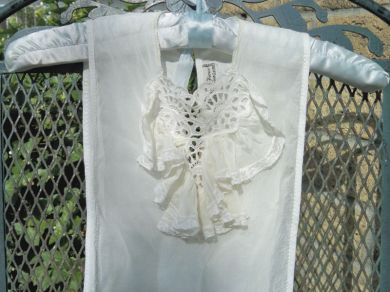 Vintage Ladies 1940s Cut work Embroidered Eyelet Lace Ruffled Dickie / Camisole Rare