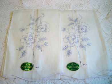 Vintage Linen Floral Pansy Towel Pair #2 for Embroidery Needlework Mint with Tags