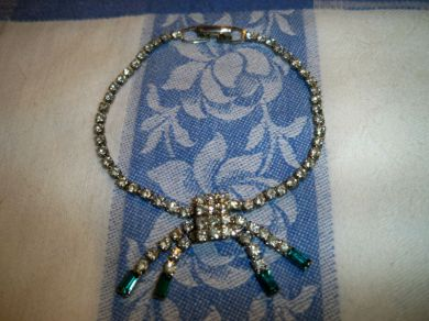 Vintage 1940s Art Deco Style Sparkling Clear / Emerald Rhinestone Bracelet